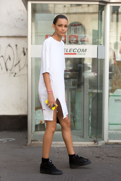MILAN, ITALY - SEPTEMBER 21: Binx Walton exits Ferragamo on Day 5 of Milan Fashion Week Spring/Summer 2015 on September 21â 2014 in Milan, Italy (Photo by Melodie Jeng/Getty Images)